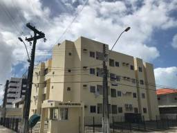 Aluga-se apartamentos no bairro Gruta de Lourdes e Farol