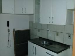 Aluga-se Apartamento - Jlle, Costa e Silva, Rua Inambu nº 4000 - R$950,00