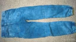 Vendo calça 136 cm.cerca de 1 ano de uso,por 35,comprei ela por 99