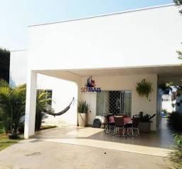 Casa de alto padrão à venda, por R$ 450.000 - Jardim Presidencial - Ji-Paraná/Rondônia