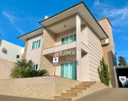 Título do anúncio: Casa com 3 quartos à venda por R$ 850.000 Bairro Veneza - Xanxerê/SC