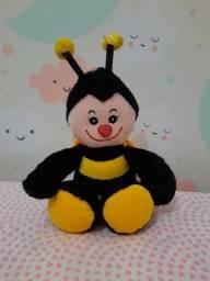 Pelucia abelhinha