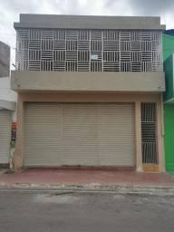 Prédio comercial e residencial à venda em Orocó-Pe.