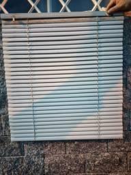2 percianas horizontais de PVC