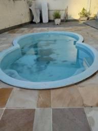 Vendo piscina em fibra usada 5 x 3 metros valor 2.000,00