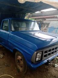 Caminhão Ford F 4000