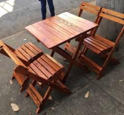 Mesa dobrável de madeira 4 cadeiras