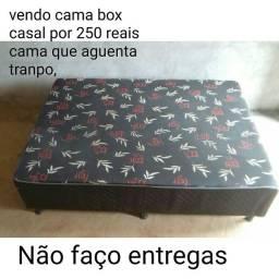 Vendo cama de casal box pra vim buscá faço por 230 reais