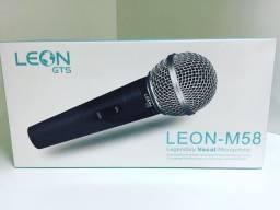 Microfone vocal profissional