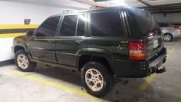 Cherokee 1998.