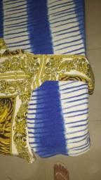 Vendo blusa de manga longa de tecido