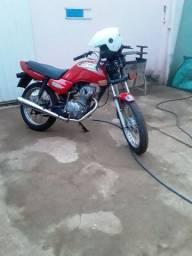 Moto 99 zera de leilão