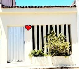 Casa 2/4 no Prado