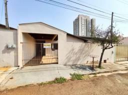 Casa p/ Locação de 2 qtos - Jd. Veraliz