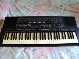 Teclado Yamaha PSR-510 Teclado Yamaha PSR-510 arranjador