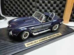Miniatura 1/18 Shelby Cobra 427s/c 1964