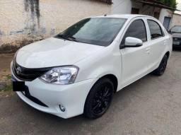 Toyota Etios Sedan XLS 1.5 Branco Pérola 2015/15 Completo