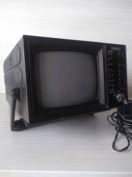 Mini Tv e Rádio antiga Embassy