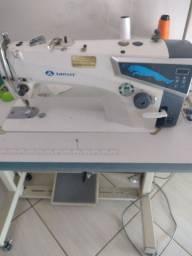 Máquina de custura reta industrial semi nova