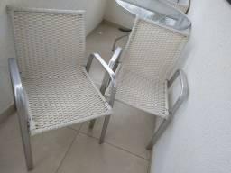 Mesa Lindaaaa de tampo de vidro com duas Cadeiras