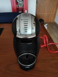 Cafeteira Dolce Gusto Genio II 127V