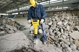 Fazemos serviços de demolição em concreto e furos diamantado