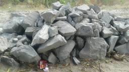 Vendo pedra e brita