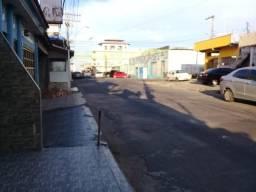 Alugo suíte/cozinha em ótima localização no bairro de São Raimundo.