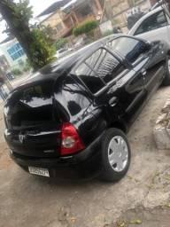 Clio 2011 1.0 Completo - 2011
