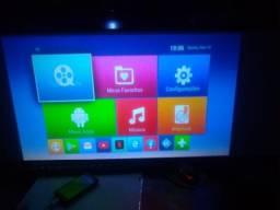 Vendo projetor 1,600 lúmens com Android