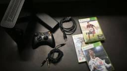Xbox 360 em perfeito estado com controle e jogos divido em 10x no cartão