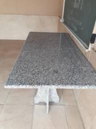 Linda mesa de granito