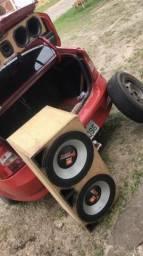 Tornado 3000w com caixa