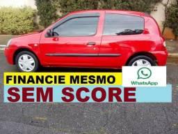 Renault Clio hatch financio sem score pequena entrada