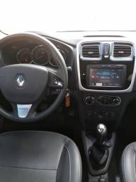 Renault Logan Exclusive 1.6 Completo - 2015
