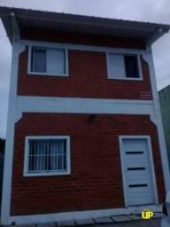 Sobrado com 3 dormitórios à venda, 143 m² por R$ 370.000