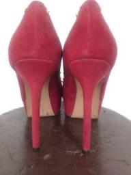 Sapato peep toe vermelho AREZZO