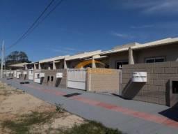 Casa Geminada com acabamento diferenciado, em Imbituba-SC