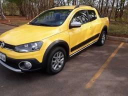 Volkswagen Saveiro 1.6 Cross Cab. Dupla Total Flex 2p