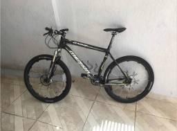 Mountain bike MERIDA DE CARBONO 9 kilos