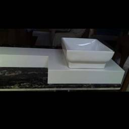 Peças em granito e marmore