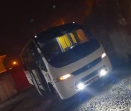 Micro-ônibus MB LO 915