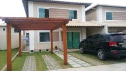 Alugo ou vendo casa em condomínio com infraestrutura completa. Financia