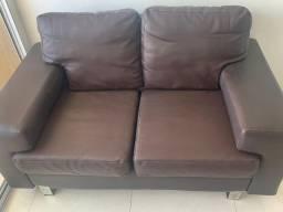 Sofá de corino , semi-novo, marrom