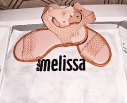 Sandália Melissa