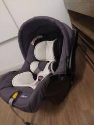 Título do anúncio: Bebê conforto Chicco + base