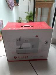 Ótima máquina de costura Singer