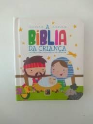 A bíblia da Criança e Orações dos pequeninos