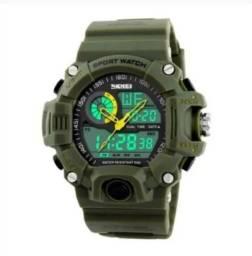 Relógio G Shock Militar Analógico e Digital<br>+ Brinde Relógio Feminino