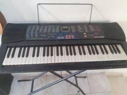 Caixa de som  e teclado